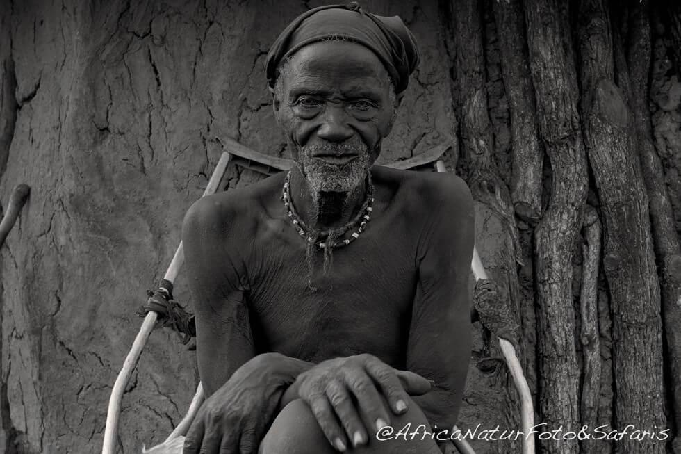 anziano capo Himba ( himba headman )